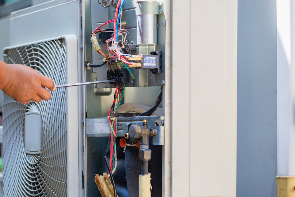 When to Call An Air Conditioning Repair Expert